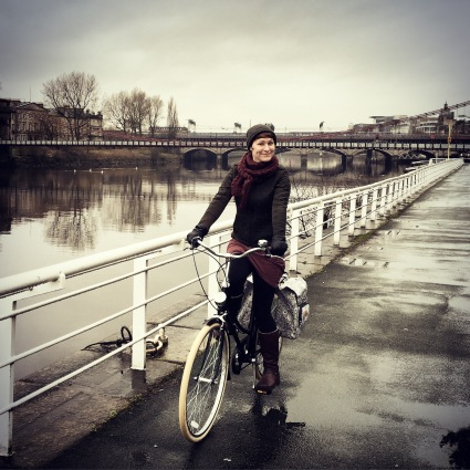 Cycling along the Clyde